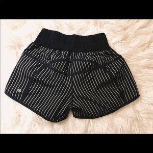 lululemon athletica Shorts - Lululemon size 2 shorts